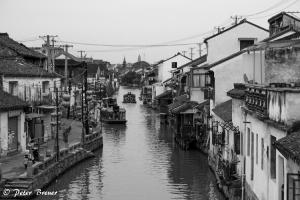 Suzhou River, Boats and Houses
