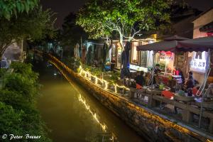 Suzhou Nightlife by the River